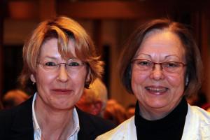 Bundestagsabgeordnete Ulrike Bahr und Gabriele Fograscher