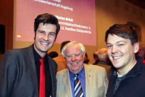 SPD Ordnungs- und Sport-Referent Dirk Wurm im Gespräch mit Herbert Götz (ARGE Göggingen) und Robert Kratzsch (SPD Bergheim)