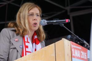 Irene Schulz, geschäftsführendes Vorstandsmitglied der IG Metall hält die Mai-Ansprache