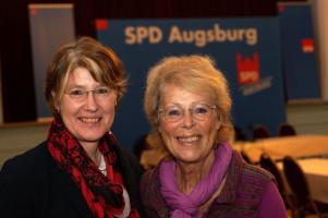 Die Vorsitzende und die Kassiererin: MdB Ulrike Bahr und Ingrid Schaletzki.