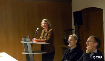 """Frau Dr. Mayer aus München von """"Mehr Demokratie"""" hielt das Eingangsreferat"""